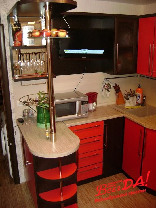 Барная стойка на кухне.